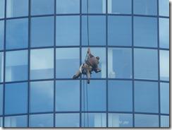 Window_cleaner,_M-Palác,_Brno